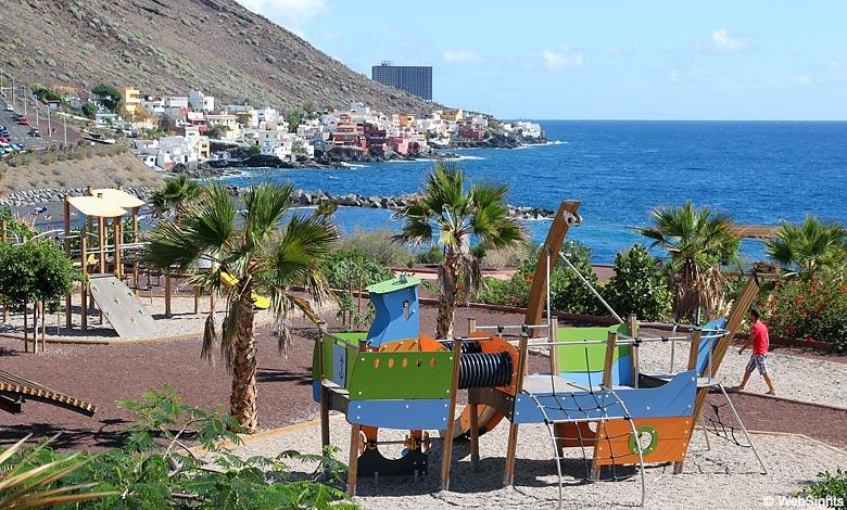 Playa de la Nea playground